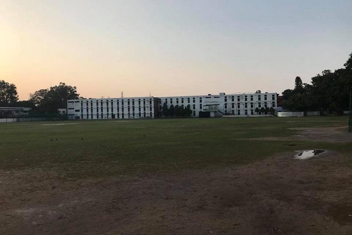 dav sr secondary school-campus
