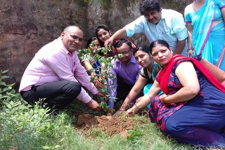 S P M Dav Public School- Earth Day