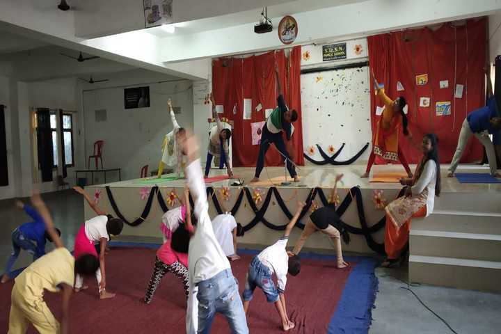 SDSN Public School- Dance room