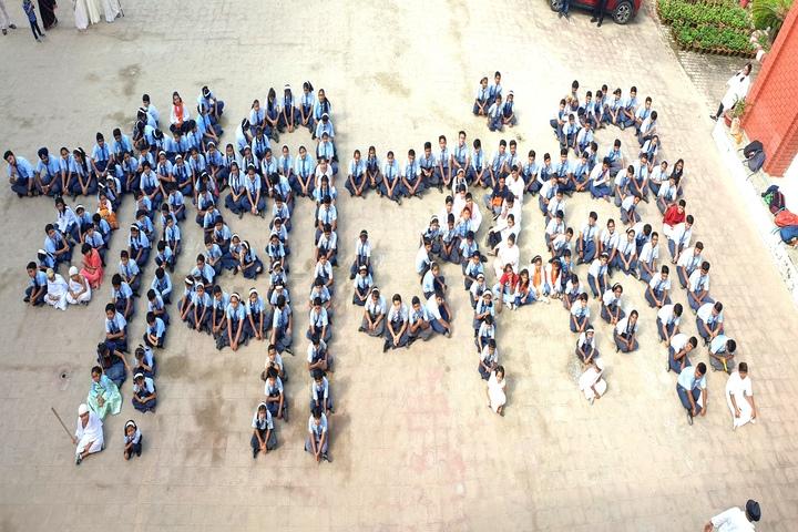 S R International School-Independance Day