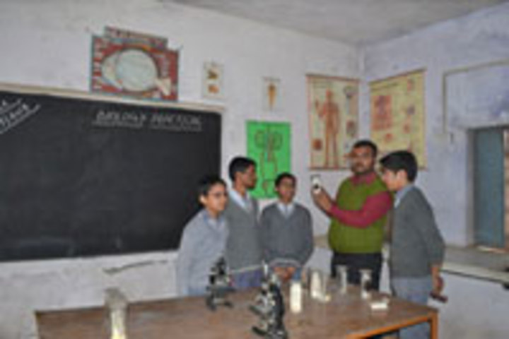 Sahil Public School-Science lab