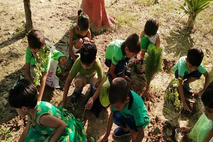 Sainik Public School-Earth day