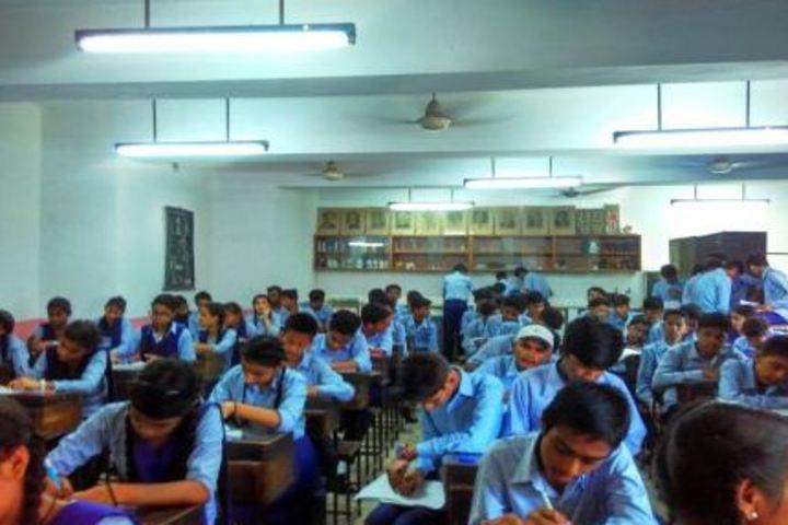 Government Girls Senior Secondary School-Classroom