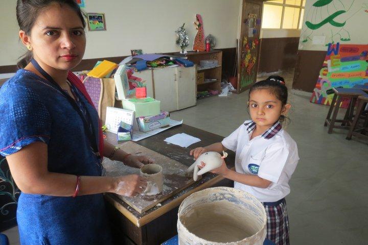 Sanskar World School- Art and craft