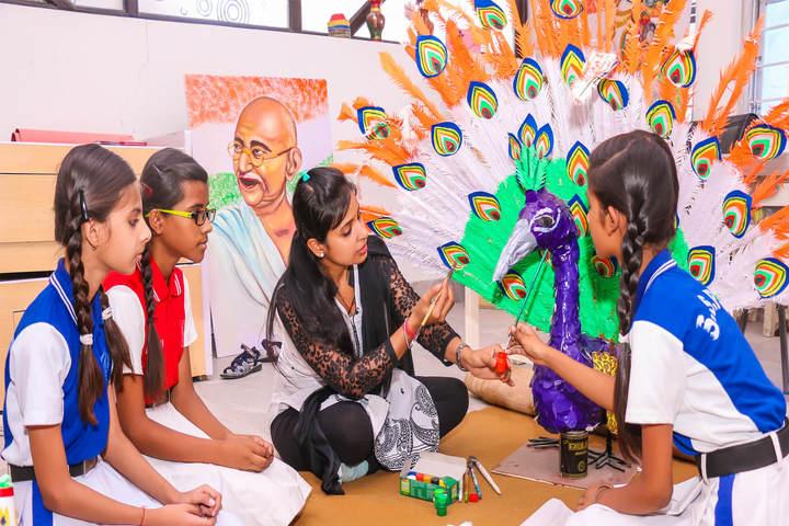 Sanskriti Sanskar Public School- Art and craft