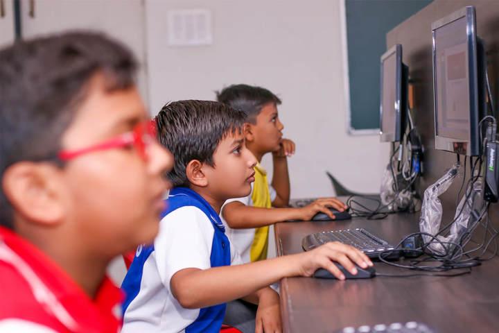 Sanskriti Sanskar Public School- Computer lab