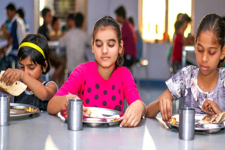 Sanskriti Sanskar Public School- Hostel food