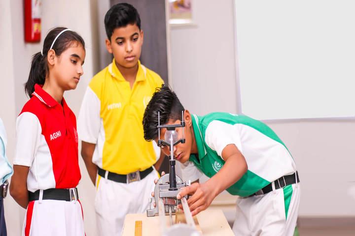Sanskriti Sanskar Public School- Physics lab