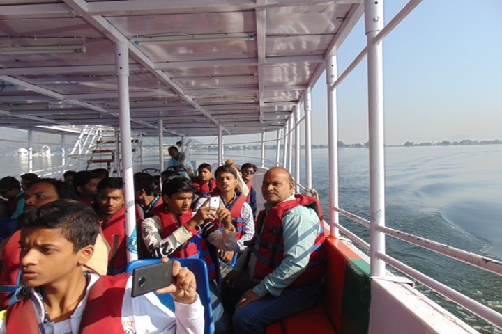 Saraswati Vidya Mandir-School tour
