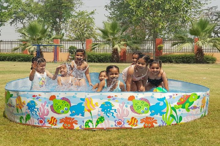 Sarv Sanskriti School-Splash Pool