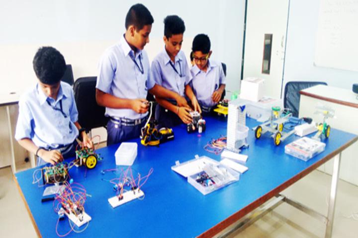 Sarvottam International School-Robotics