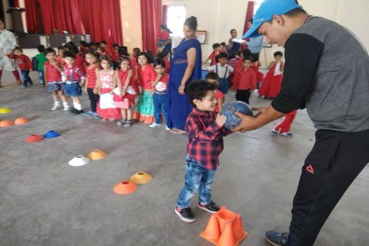 Seth M R Jaipuria School Bansal Campus-Classroom Activity