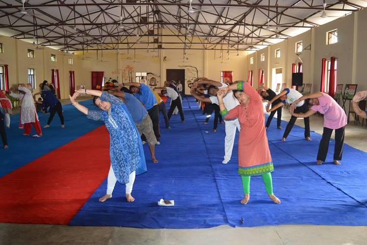 Seth M R Jaipuria School Bansal Campus-Yoga Activity