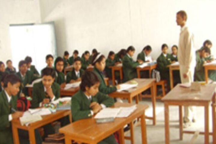Shah Faiz Memorial Public School-Classroom