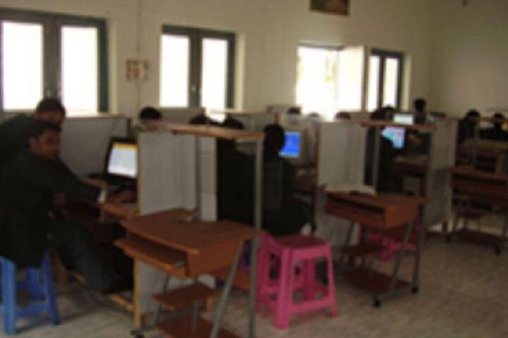 Shah Faiz Memorial Public School-Computer Lab