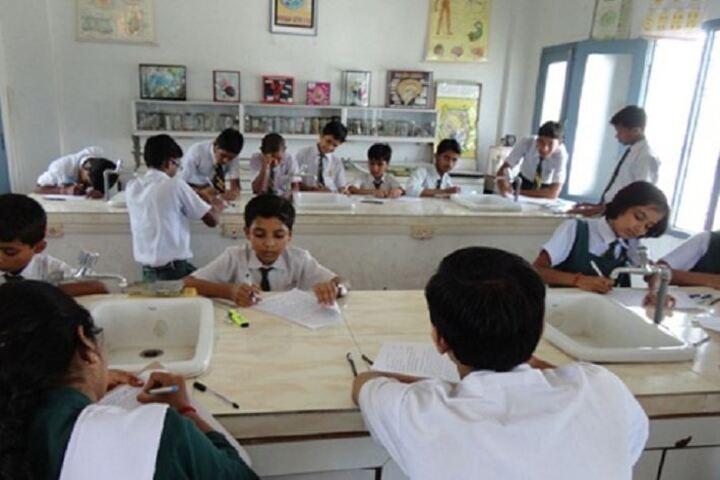 Shah Faiz Memorial Public School-Science Lab