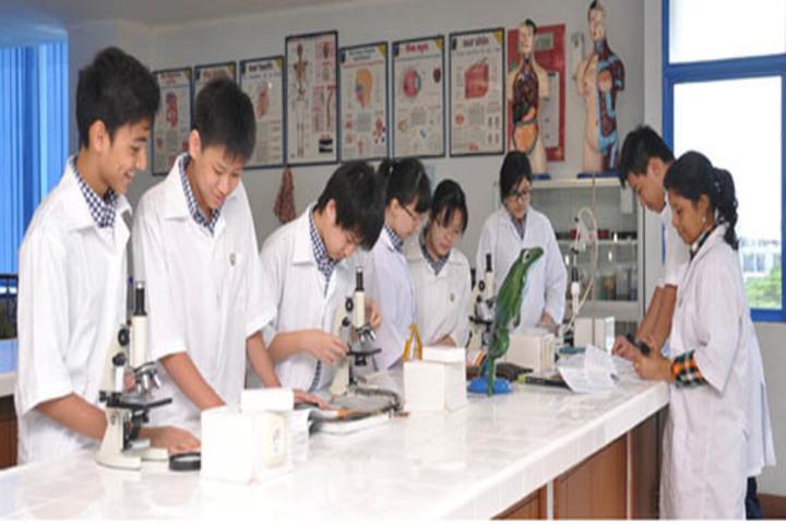 Sharada Public School-Science Lab