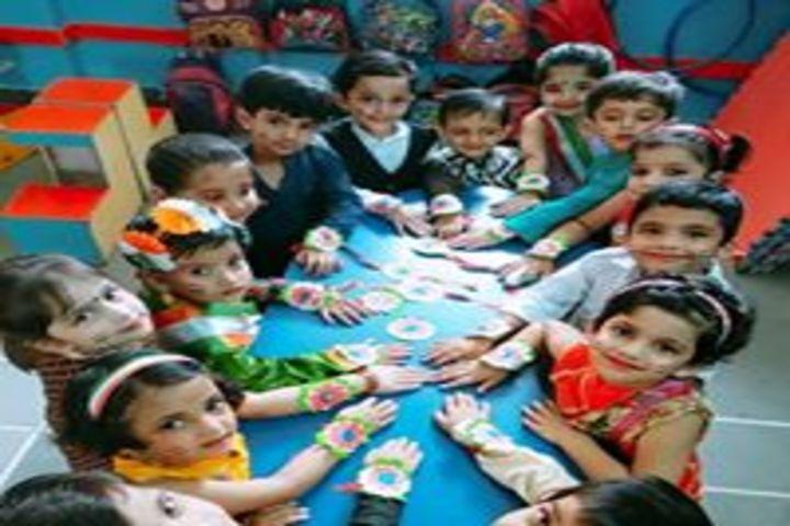 Shardein School-Rakhi Making