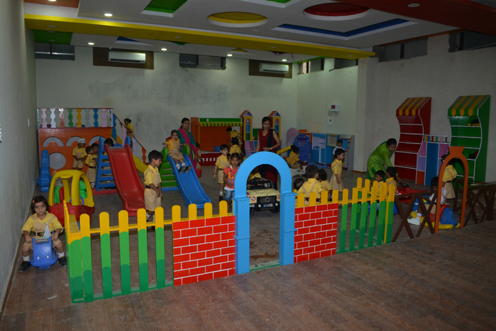 Shemford Futuristic School-Play area