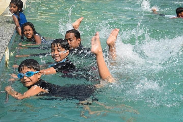 Shemford Futuristic School-Swimming Pool