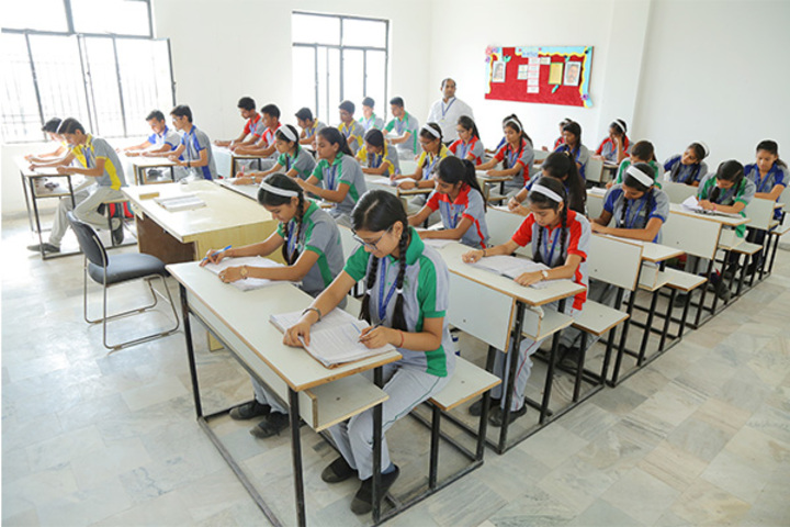 Shree Kunji Lal Gulkandi Devi Public School-Classroom