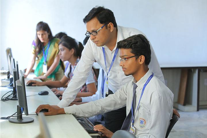 Shree Kunji Lal Gulkandi Devi Public School-Computer lab