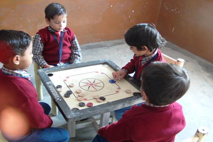 Shreya Public School-Indoor games