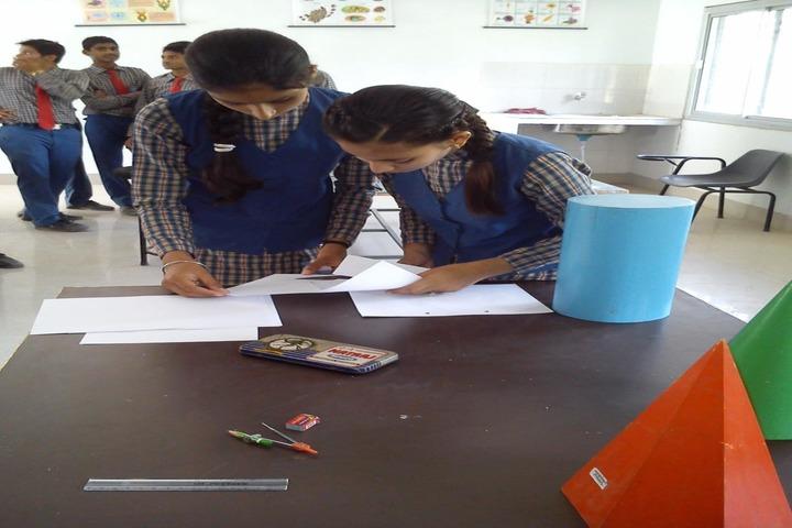 Shreya Public School-Maths lab