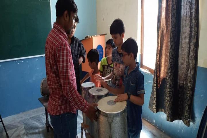 Shri Mahaveer Ji Public School-Music Class