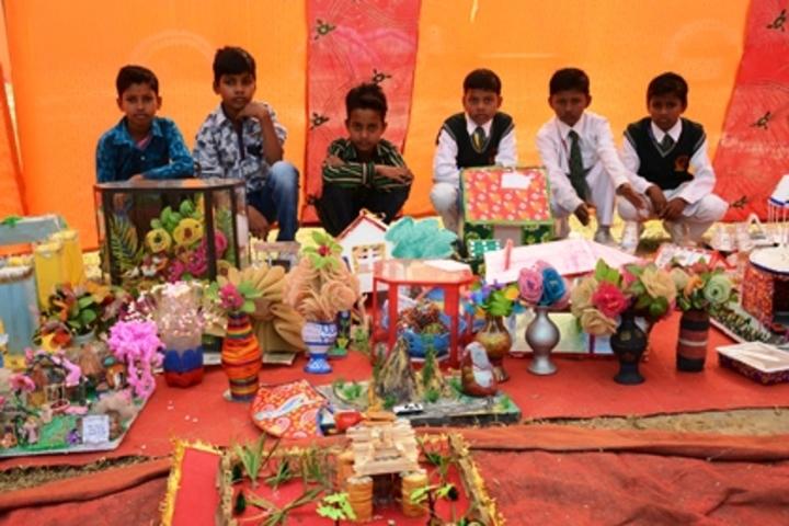 Shri Rajendra Giri Memorial Academy-Exhibition