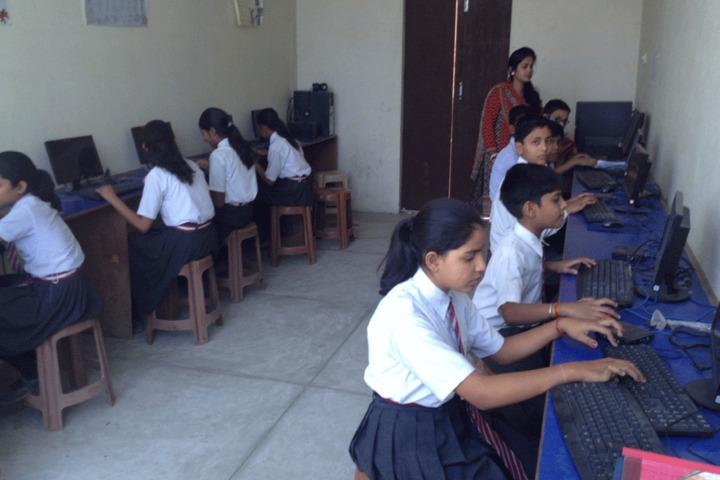Shringi Rishi Vidyapeeth Public School-Computer Lab