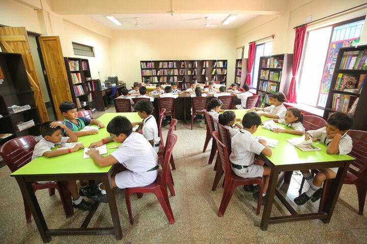 Shringi Rishi Vidyapeeth Public School-Library
