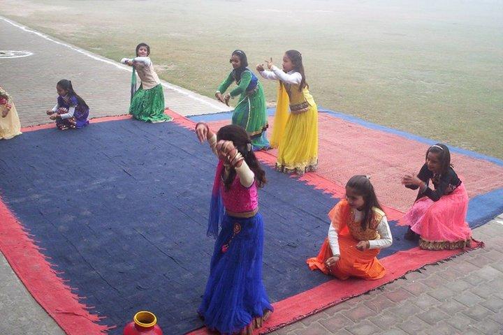 Shrish Chandra Public Inter College-Dance Performance