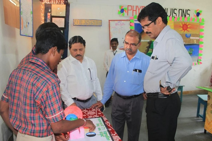 Gmr Varalakshmi Dav Public School-Science Exhibition