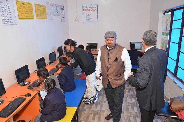 Smart Indian Model School-Computer Lab