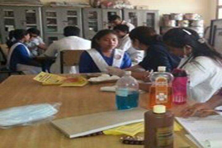 Smt Brahma Devi Saraswati Balika Vidya Mandir-Health Check Up