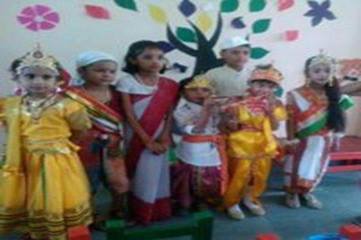 Smt. Kamla Agarwal Girls Public School-Fancy Dress Competition