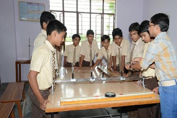 Smt Kamla Agarwal Girls Public School-Physics Lab