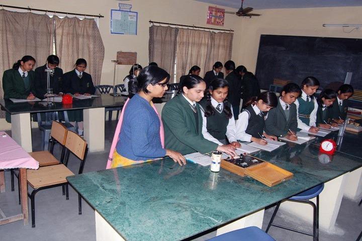 SS Children Academy Girls School-Physics Lab