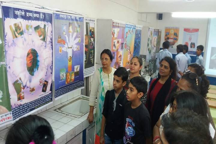 Government Model High School-Science Fair