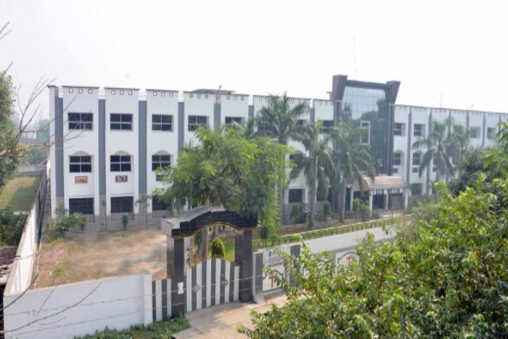 St Xavier School-Campus