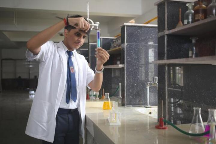 St Atulanand Convent School-Chemistry Lab