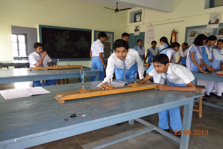 St Johns School-Physics Lab