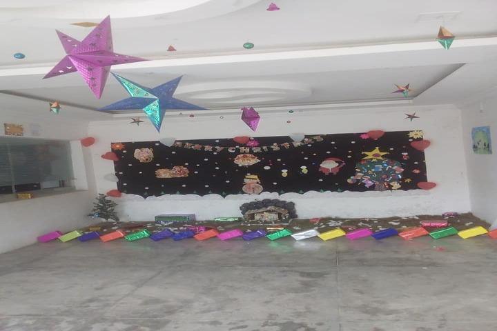 Sultanpur City Montessori-Christmas Celebration