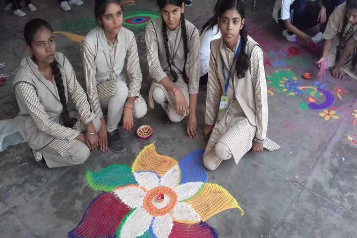 Sultanpur City Montessori-Rangoli Competition