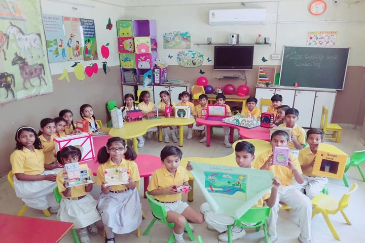 Sumitra Modern School-Art