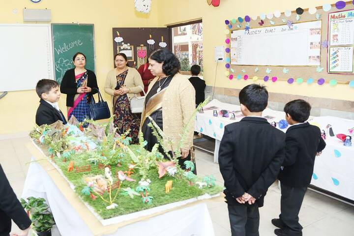 Summer Valley School-School Exhibition