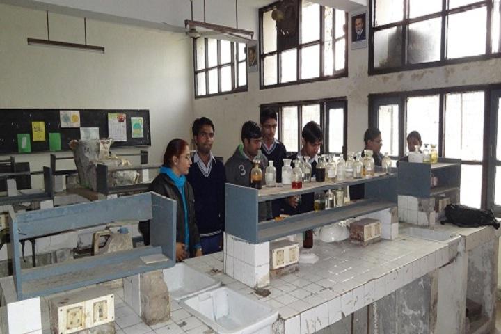 Government Model Senior Secondary School-Chemistry Lab