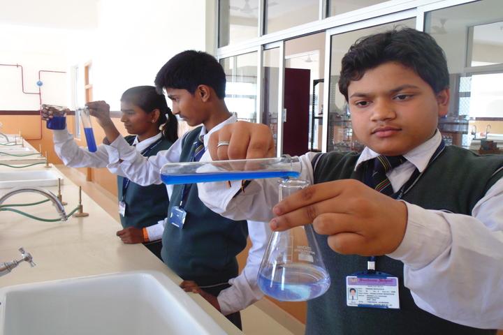 Sunbeam School-Chemistry Lab