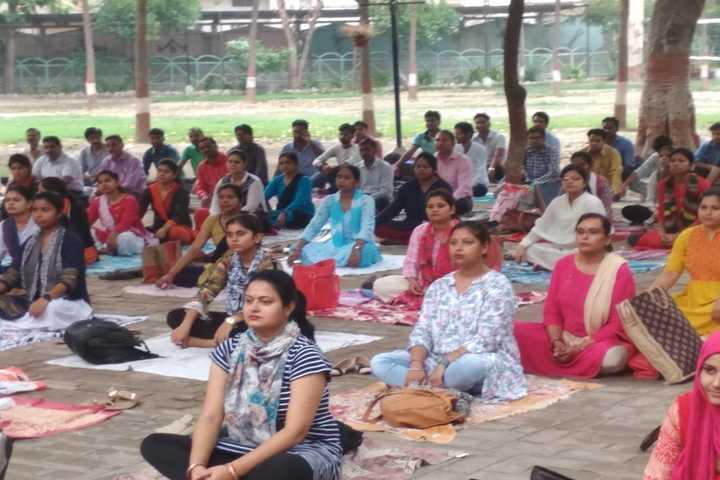 Swami Janki Saran Public School-Yoga
